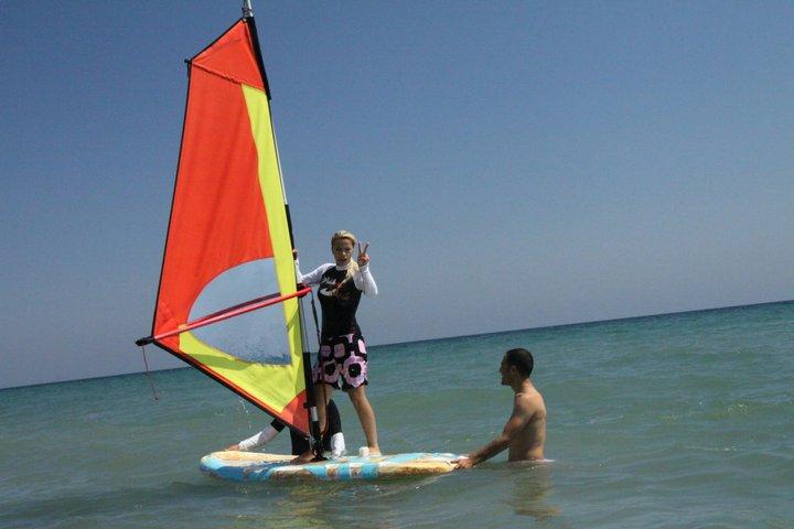 kendi land windsurf